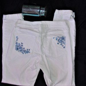 size 2 white embroidered womens blue jeans pants